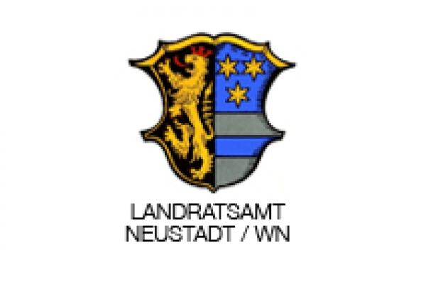 landratsamt-neustadt3D7E6181-BA95-B2BC-A05D-1824B1ABF75E.jpg