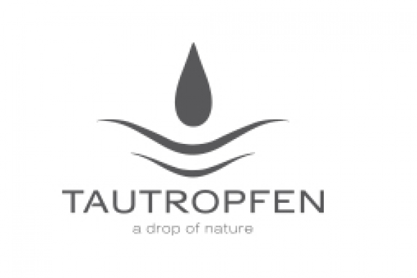 tautropfen-referenzAAD445EB-57FD-0A33-17C4-A795209B2BE3.jpg